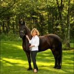 021_Horse lady 1